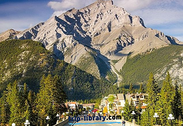 バンフ国立公園の人気観光スポットトップ12